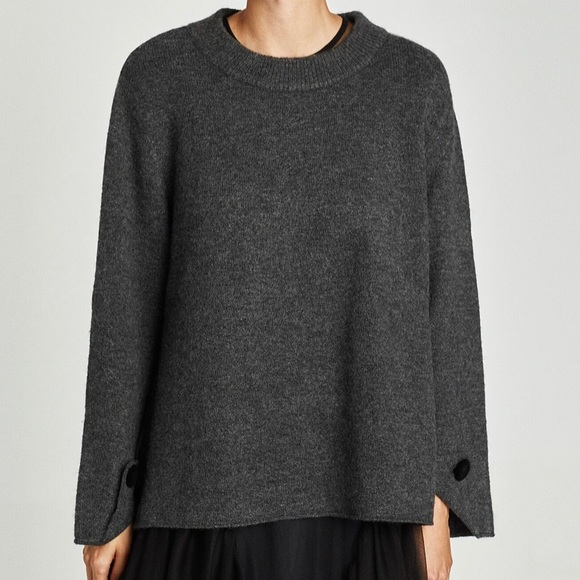 Zara | Grey Oversized Sweater with Buttoned Cuff